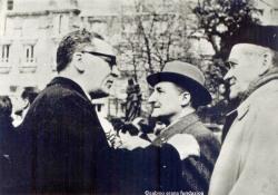 Alberto Onaindia conversa con José Antonio Aguirre y Manuel de Irujo